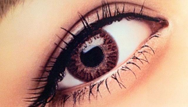 割双眼皮后要避免过度用眼 术后6个护理应做好